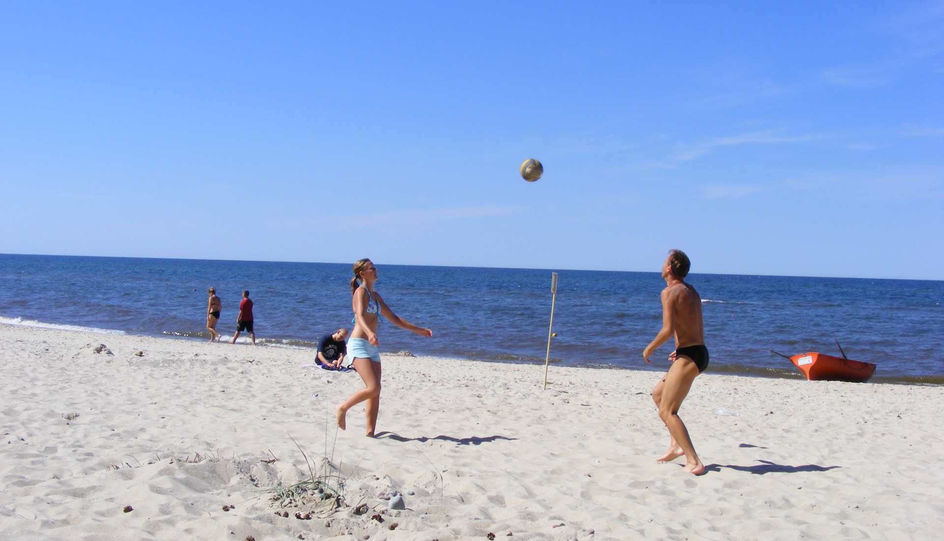 Volleyball-am-Ostseestrand-header