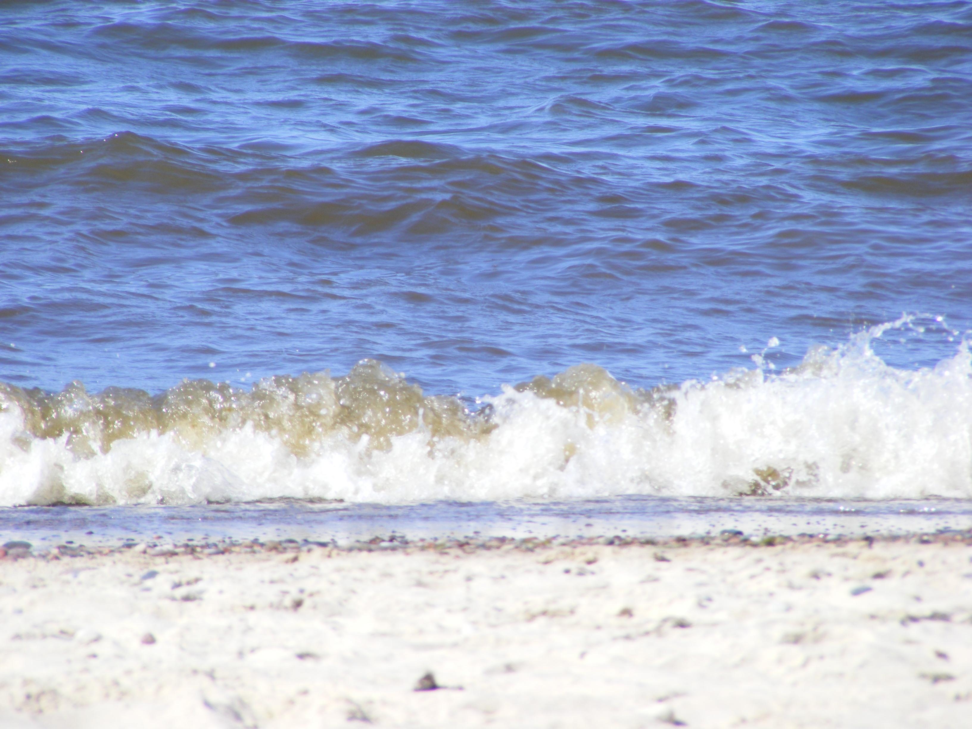 Wellen-an-der-Ostsee